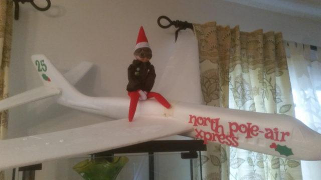elf-on-the-shelf-north-pole-air-express