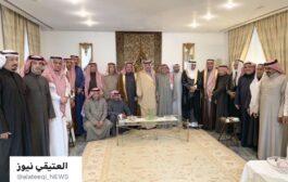 زيارة مجموعة من الشيوخ والوجهاء والأعيان من المملكة العربية السعودية منزل العم خالد صالح العتيقي