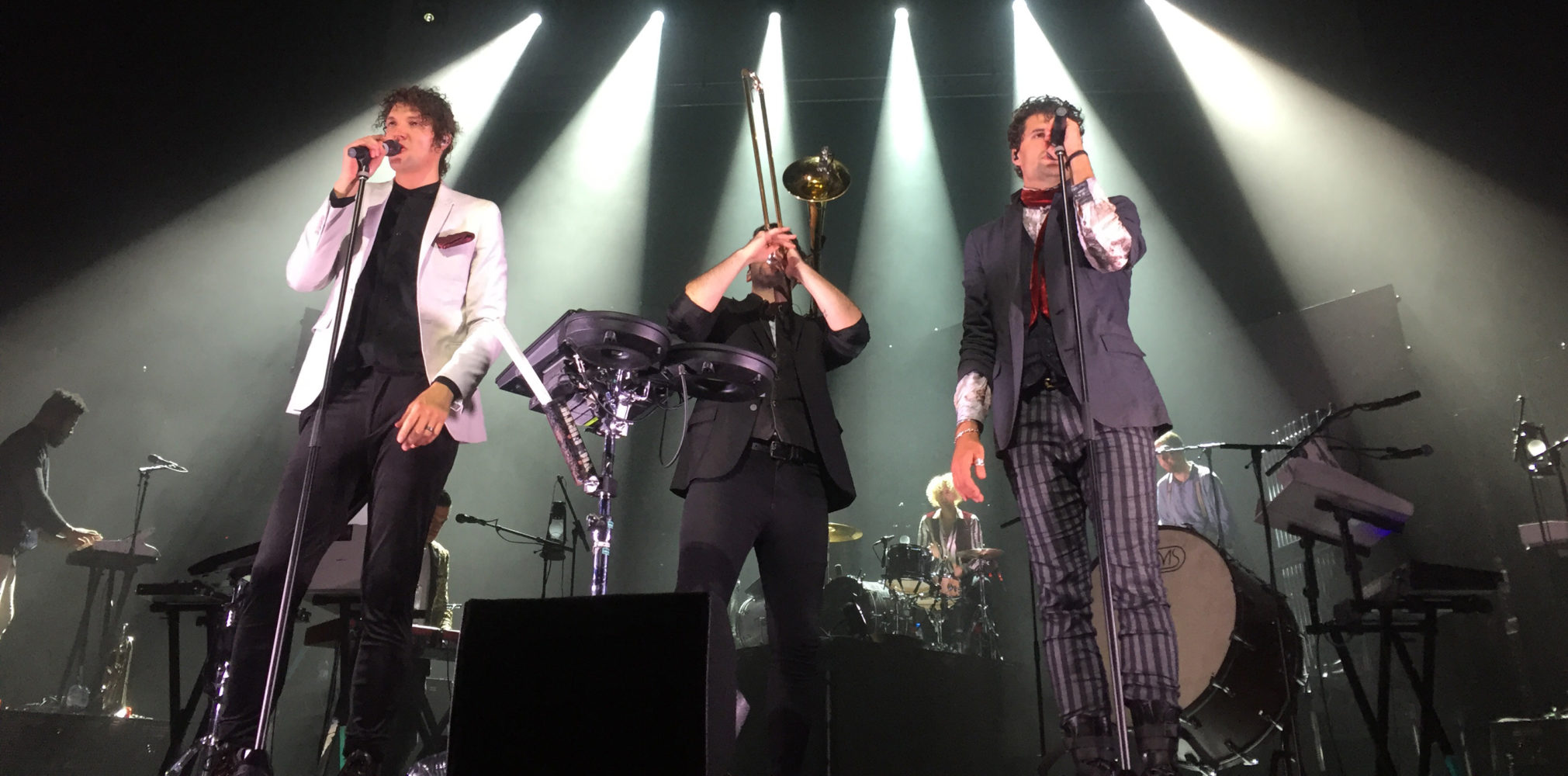 for KING & COUNTRY wow Aussies as they come home for the Burn The Ships World Tour