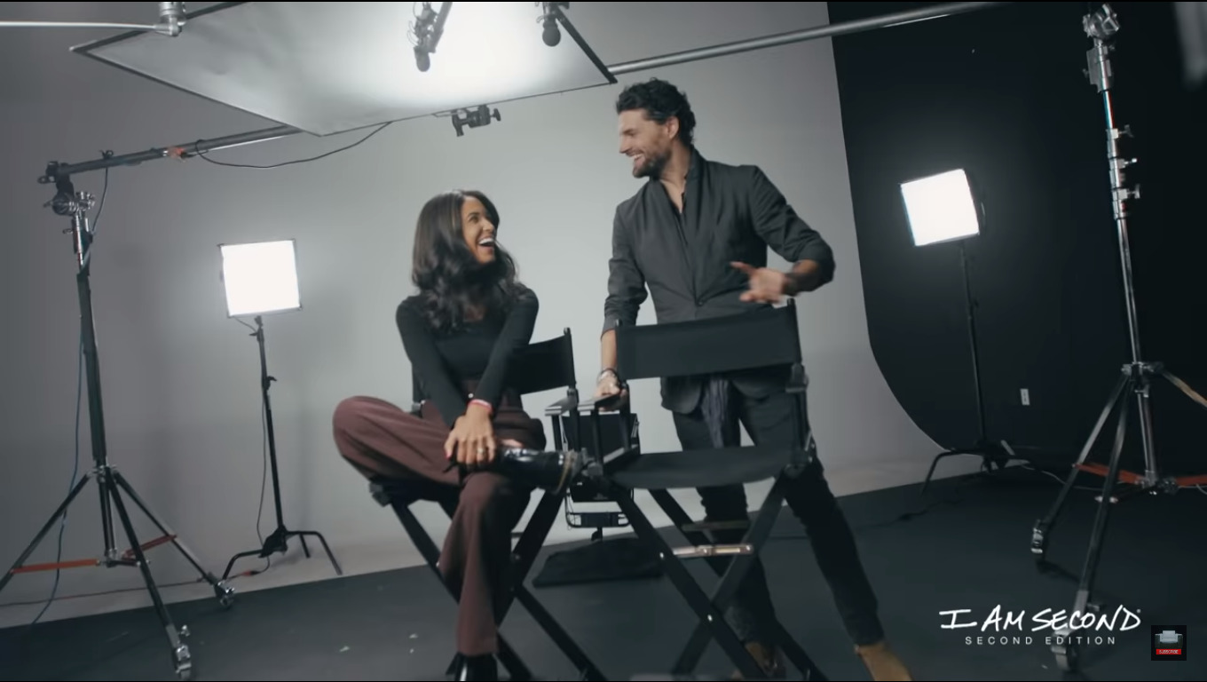 Moriah Peters & Joel Smallbone Appear on I Am Second Second Edition