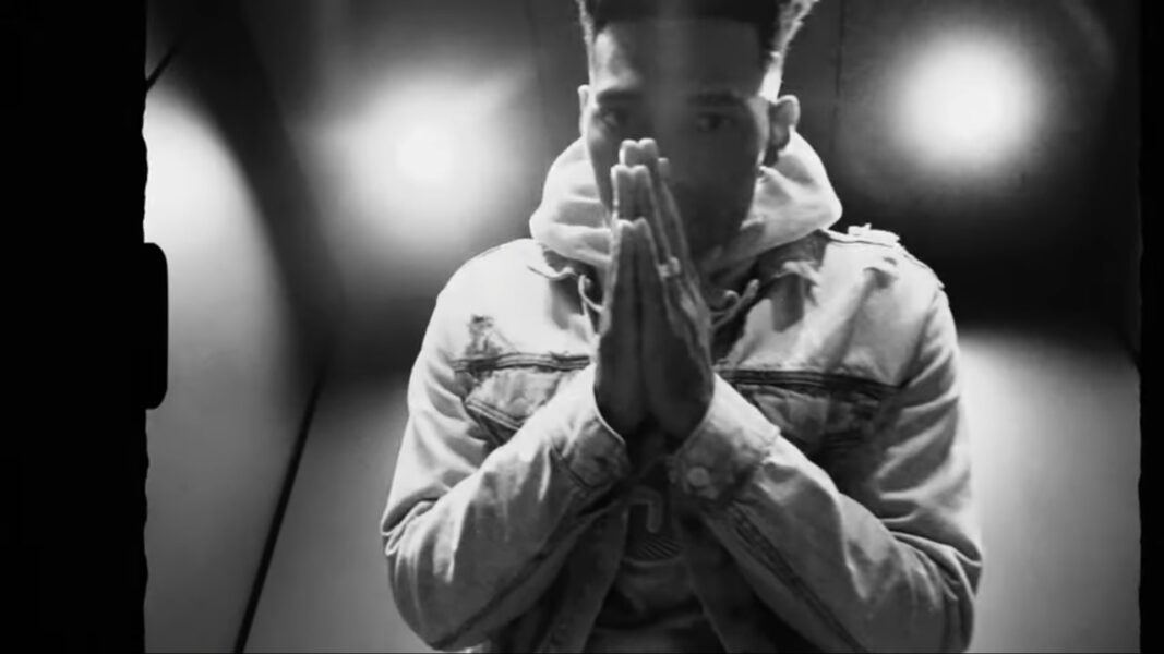 Video: YB - Fire Emoji 4