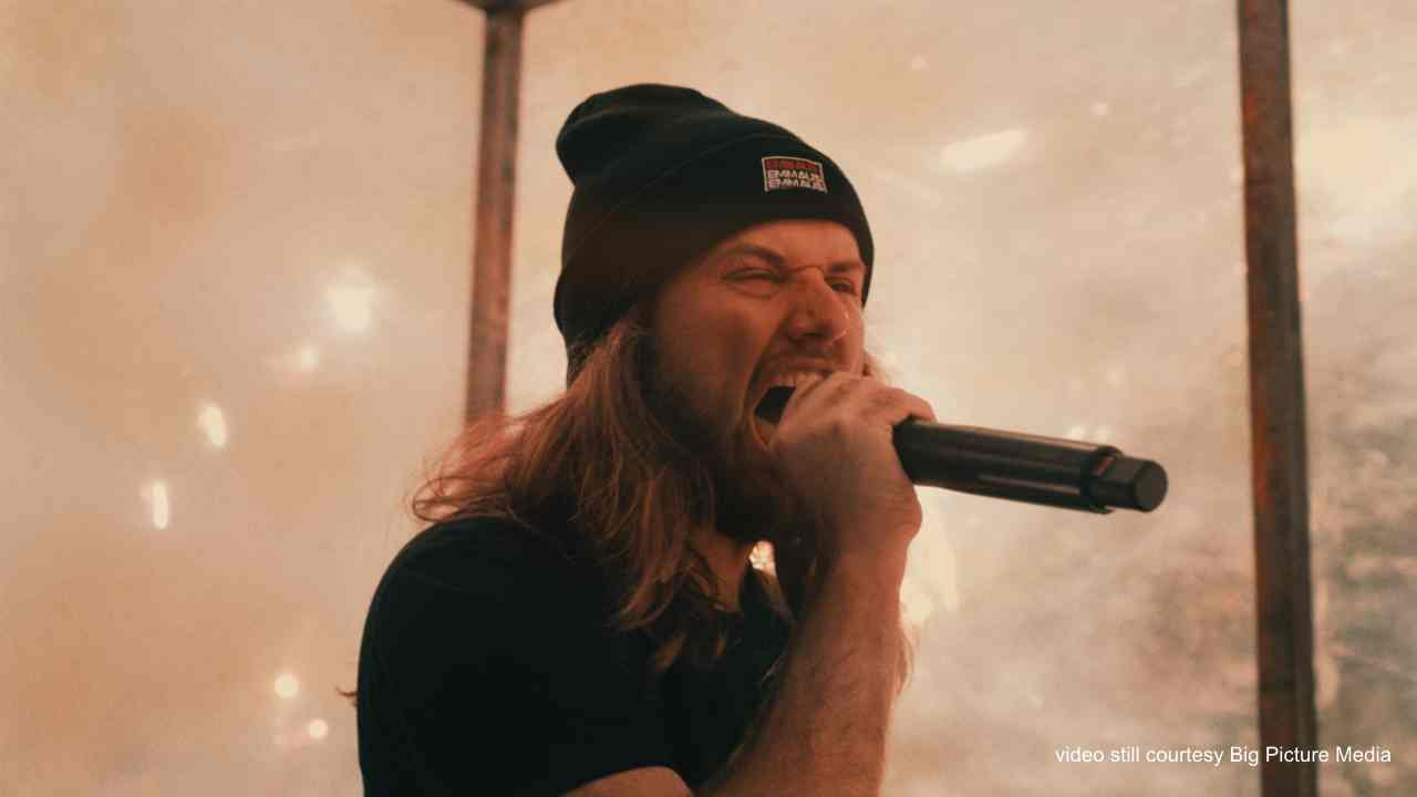 Video: Fit For A King - Locked (In My Head)