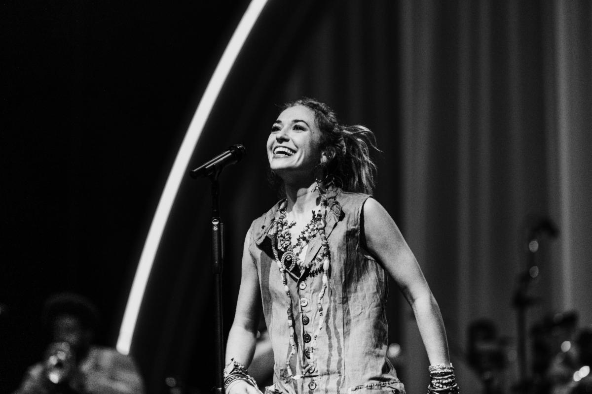 Lauren Daigle Nominated for 2020 American Music Award - Lauren Daigle Takes Home Fourth American Music Award
