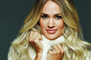 Audio: Carrie Underwood - Softly and Tenderly - Carrie Underwood Releases My Savior Album