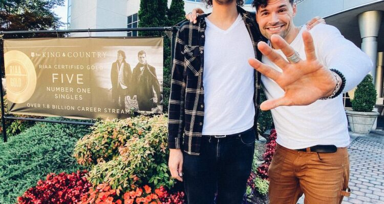 for KING & COUNTRY CELEBRATE FIFTH NO. 1 HIT FROM BURN THE SHIPS