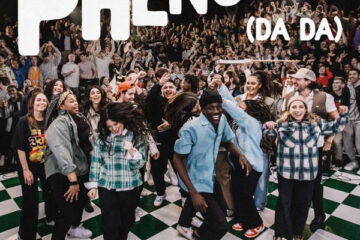 Hillsong Young & Free New Song is a Phenomena (DA DA)