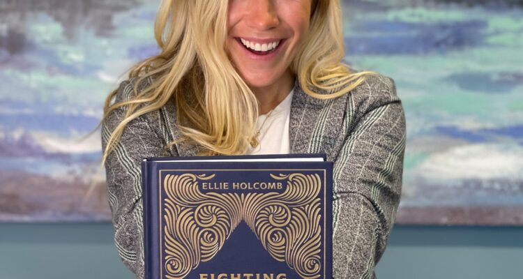 """Ellie Holcomb Releases """"Fighting Words"""" Devotional Book"""