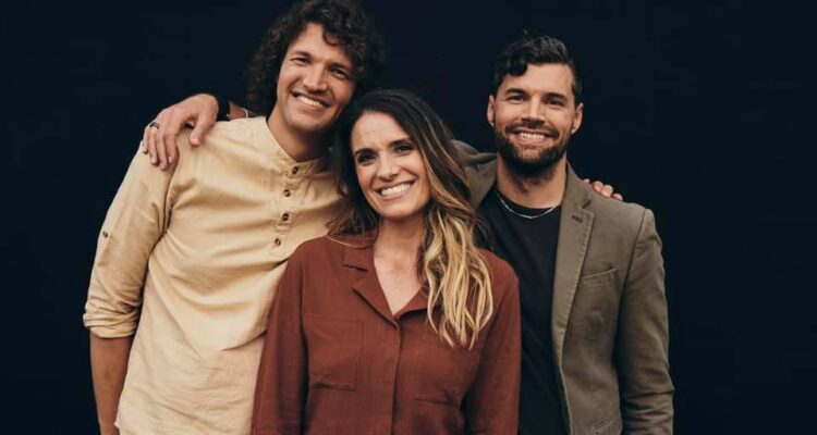 """Rebecca St. James Releases New Single """"Kingdom Come"""" featuring for KING & COUNTRY"""