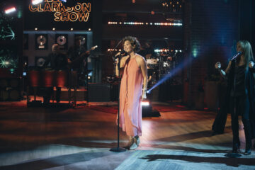 THE KELLY CLARKSON SHOW WELCOMES AMY GRANT