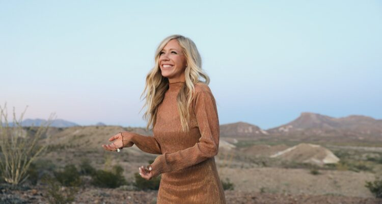 Between You & Me: Ellie Holcomb on finding joy in the Canyon