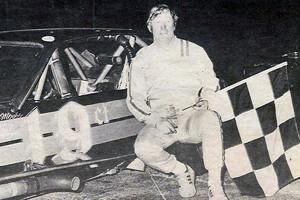 1982_Moose_Hewitt_Modified_Champ (__)