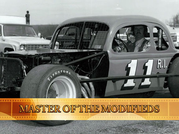 Speedbowl Doc Shorts – Master of the Modifieds