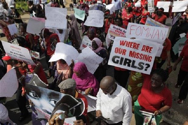 Photo of Nigeria knows the girls' whereabouts but can't rescue them