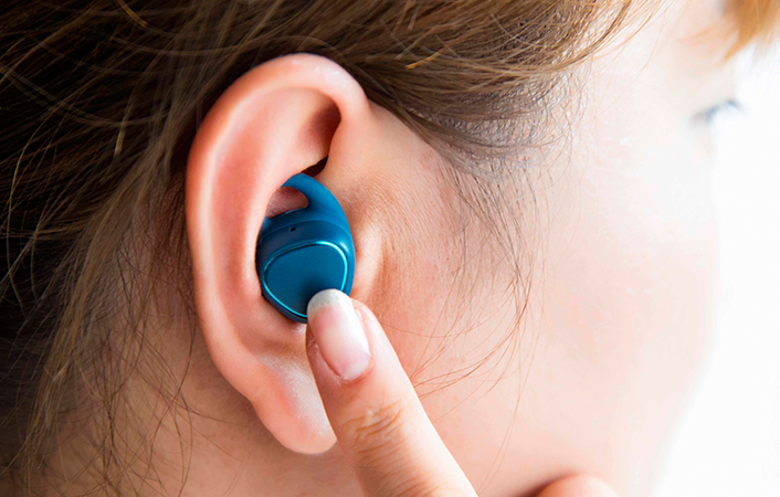 Photo of All You Need To Know About Samsung's Gear IconX Wireless Bluetooth Earbuds