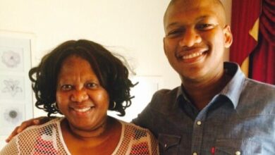 Photo of ProVerb Remembers His Late Mother on What Would Have Been Her Birthday