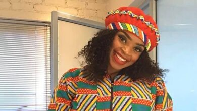 Photo of Pics! Zoleka Mandela Beautifully Paints Canvas Shoes To Deal With The Pain of Losing Her Mother
