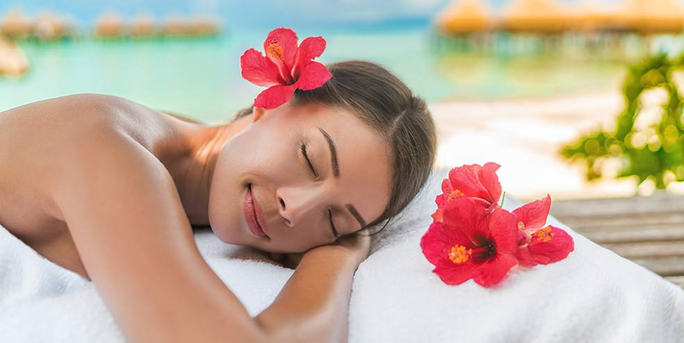 woman about to receive a massage