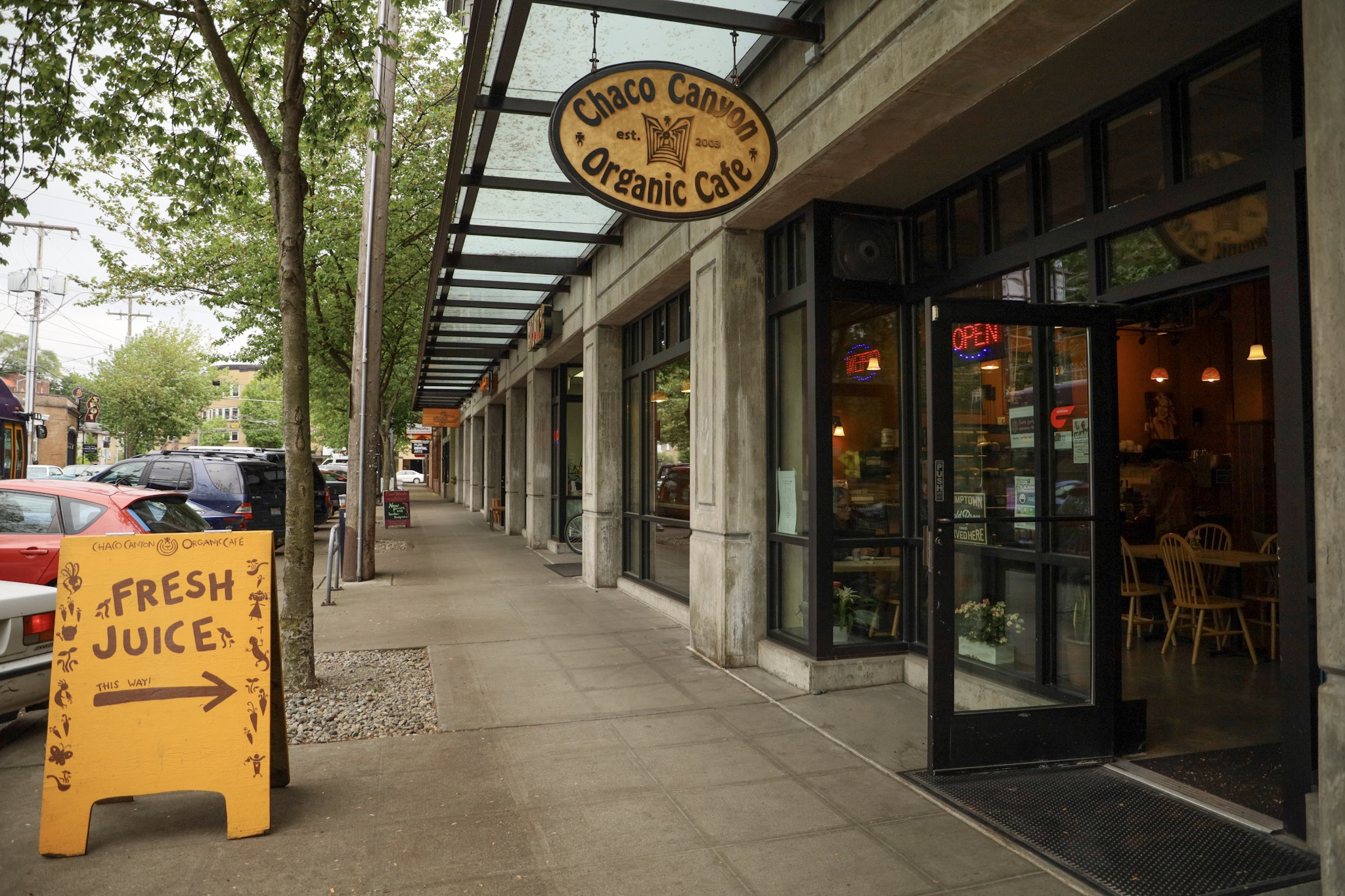A Conversation with a Low Waste Vegan Restaurant in Seattle: Chaco Canyon Organic Cafe