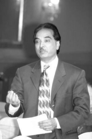 2-Dr. Khalid Muhammad bw