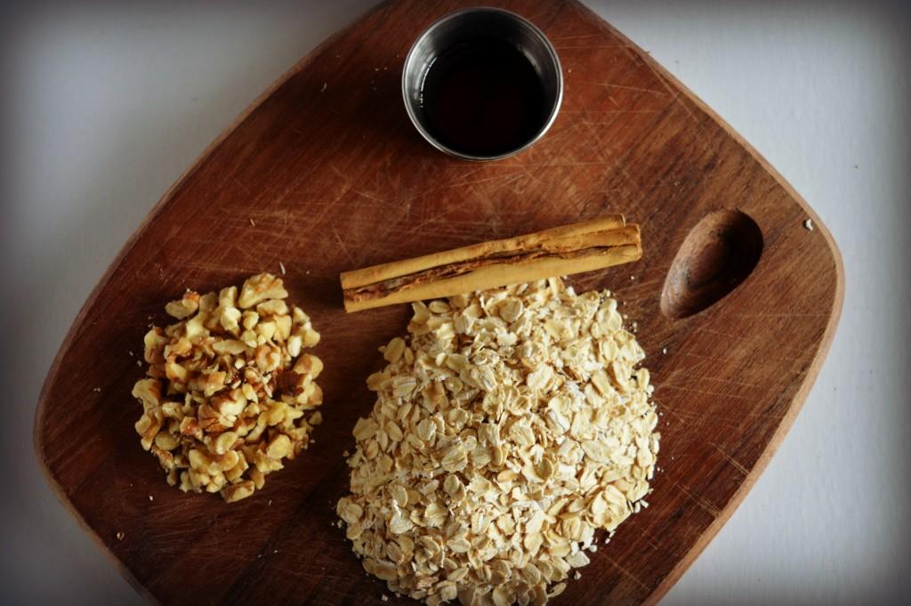 Cinnamon Maple Walnut Oatmeal 1