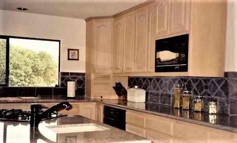 interior design photo Laura Van....2