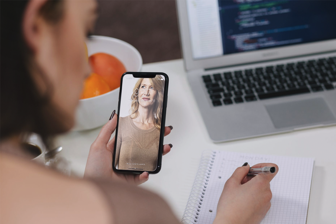 Why I Stopped Dating Assholes And Just Made Laura Dern My Lockscreen Instead
