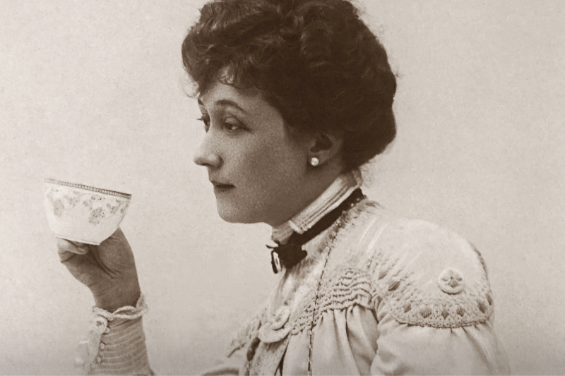 Lesbian Sheltering In Place Finally Living Her Dream As An Edwardian Spinster