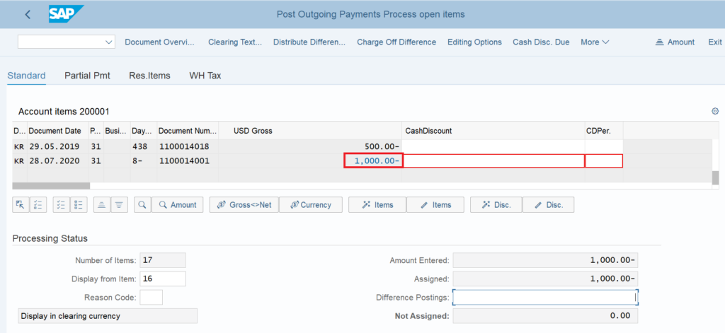 Post an outgoing payment in SAP: Select the open invoice.