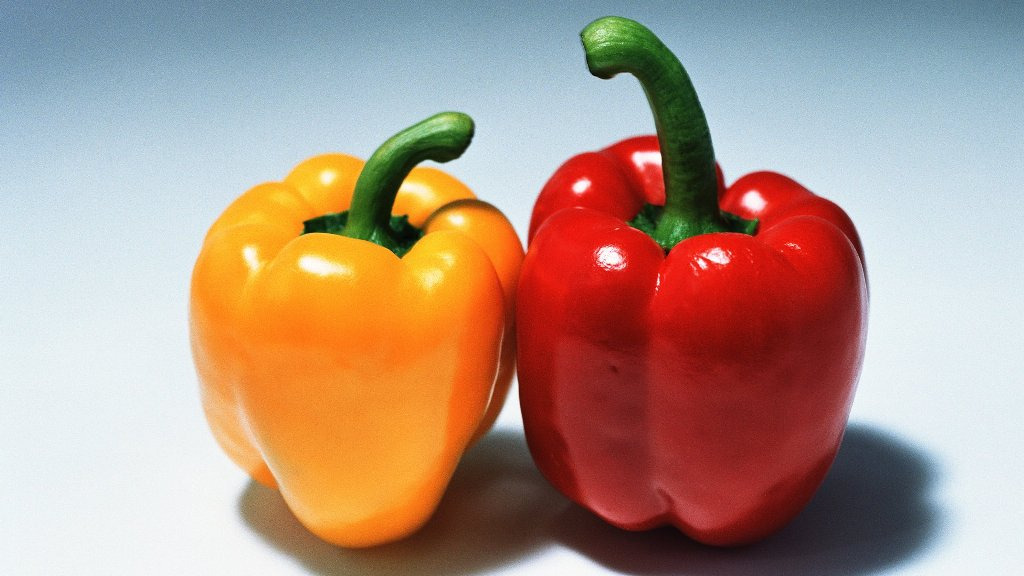 Red or yellow bell peppers