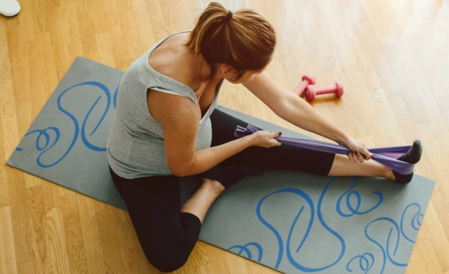5 Yogasanas to Get Relief From Menstrual Cramps