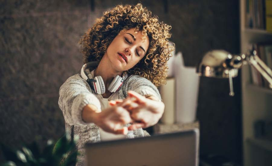 7 Office Exercises: Stretching to Get Energized at Work