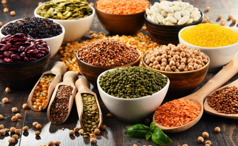 7 Types of Food that May Slow Down the Menopause Process