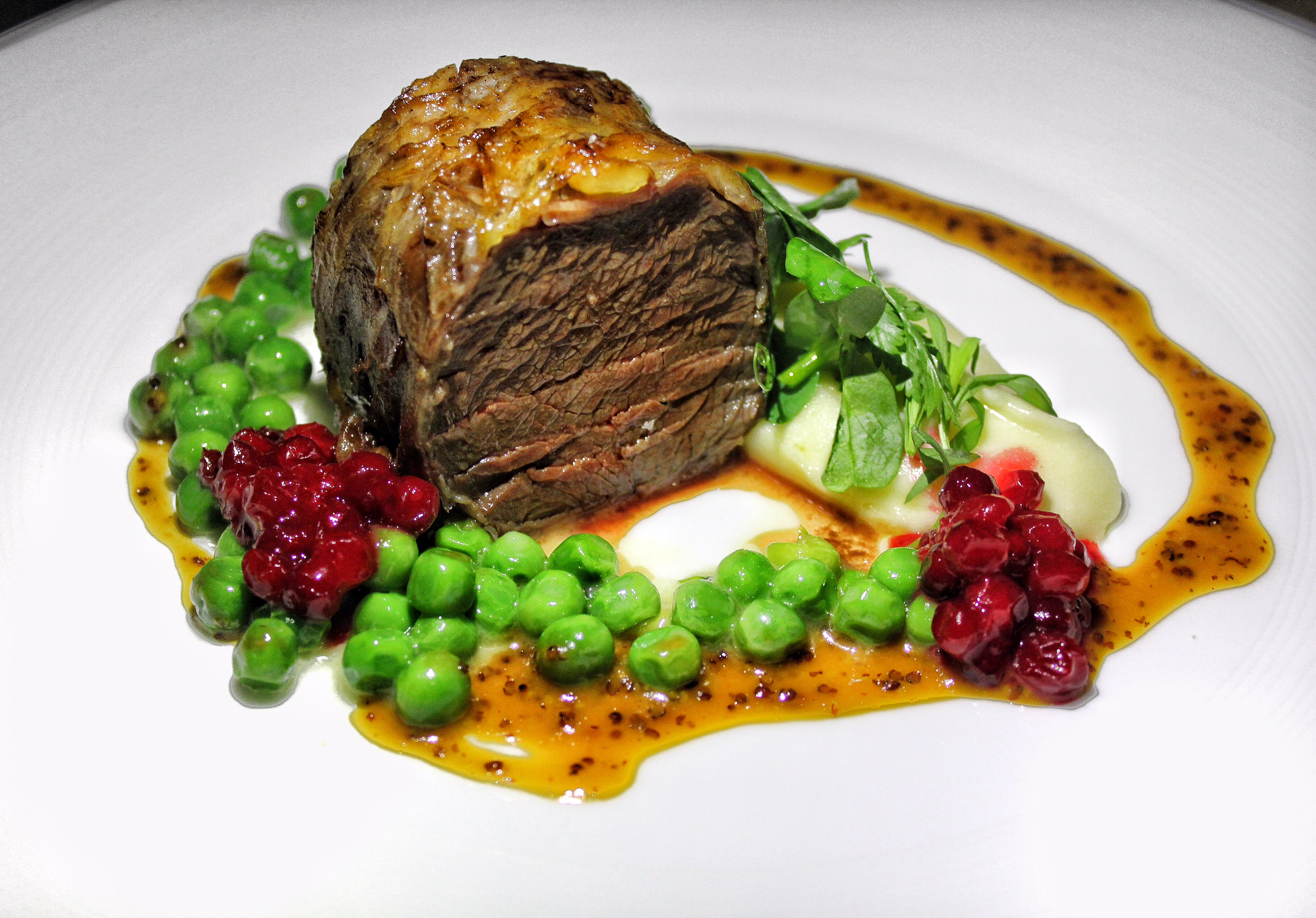 cafe-gray-deluxe-the-upper-house-hong-kong-beef