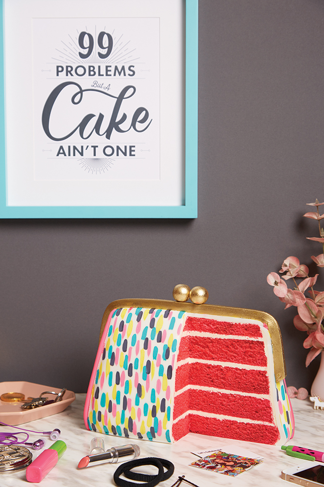 How to Cake it_Purse Cake