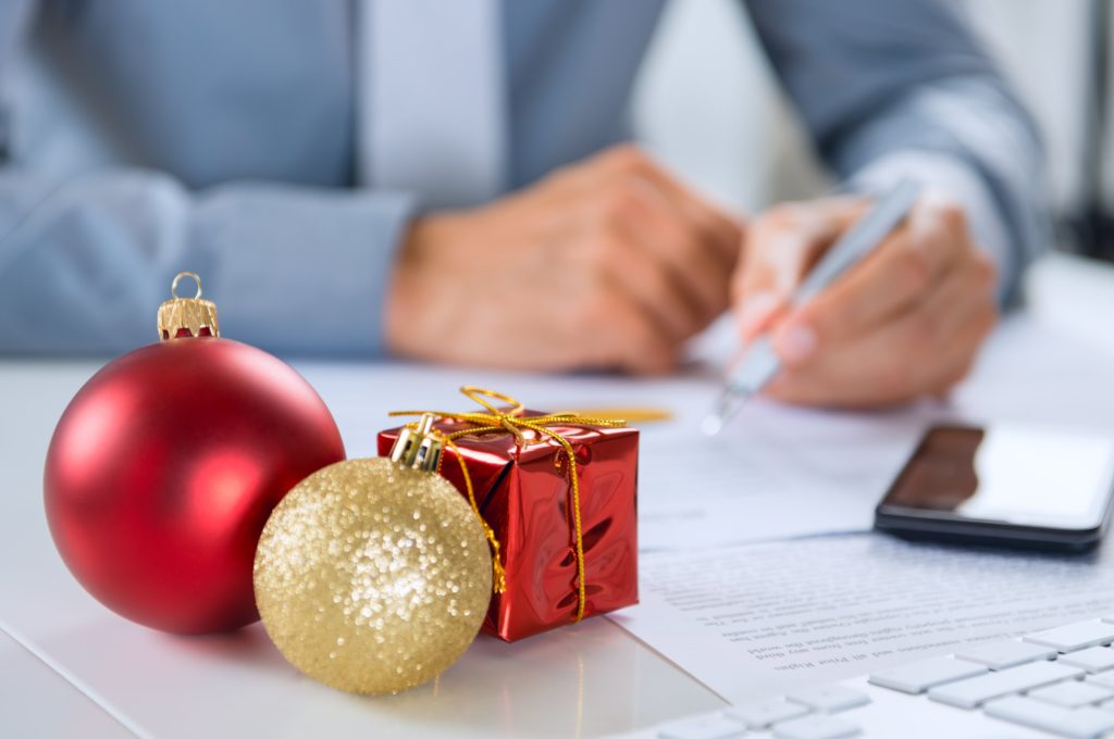 Heres-How-You-Can-Effectively-Lead-During-The-Holidays-Without-Being-A-Grinch-1024x680