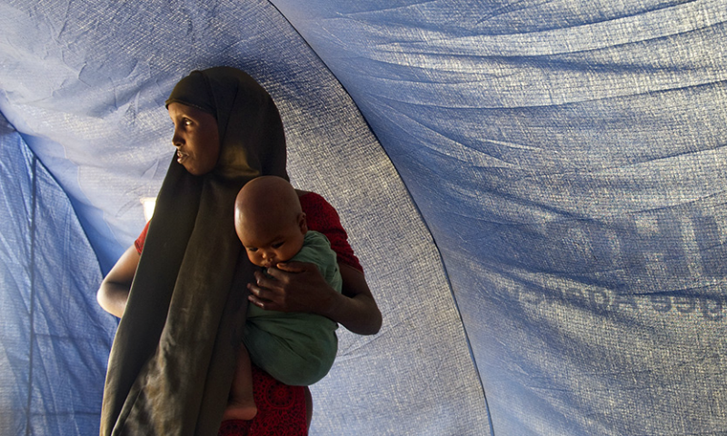 Marking World Day, UN leaders urge governments to stand with refugees