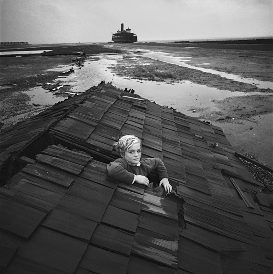 childrens-surreal-nightmare-arthur-tress-6