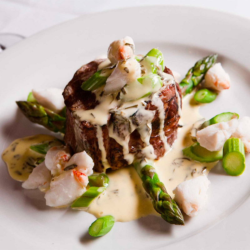 steak and crab dinner image from mickey mantles steakhouse