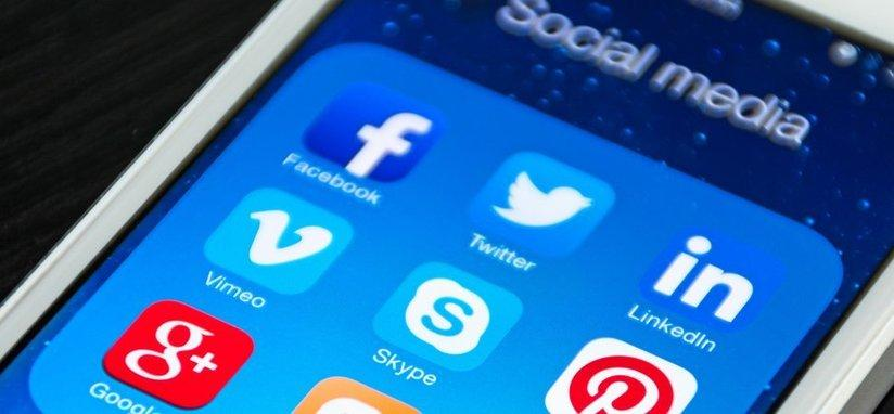 twitter, tweet, facebook