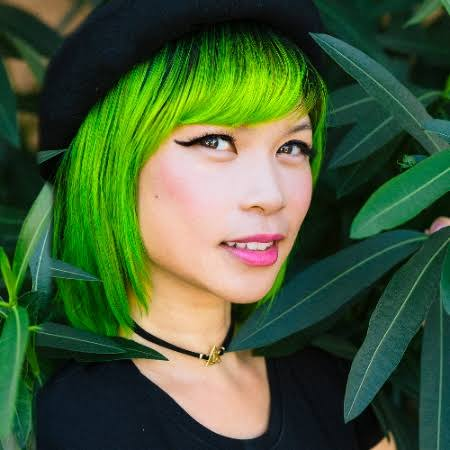 3 Tips on Building Community, From the 'Green-Haired Oprah of LinkedIn'