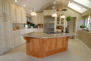 NJW Construction remodels kitchens and bathrooms in Columbus Oh
