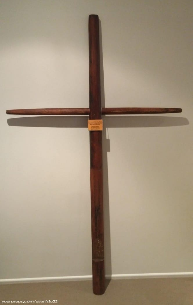 Moby Dick bowsprit crucifix