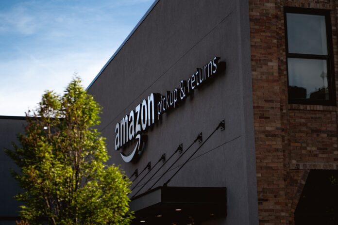 Amazon_Working_With_Government_Agency_to_Curb_Sale_of_Fake_Super_Bowl_Merchandise