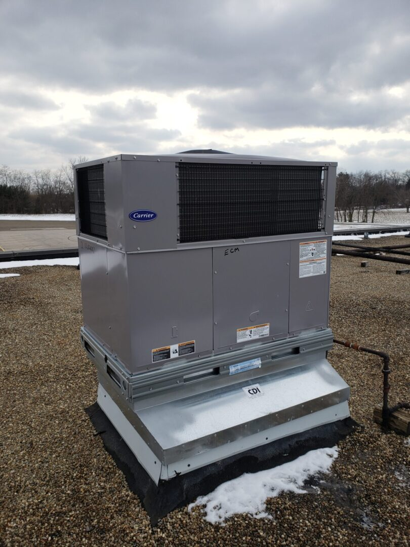 Carrier 48VL-C24 Packaged Rooftop Unit