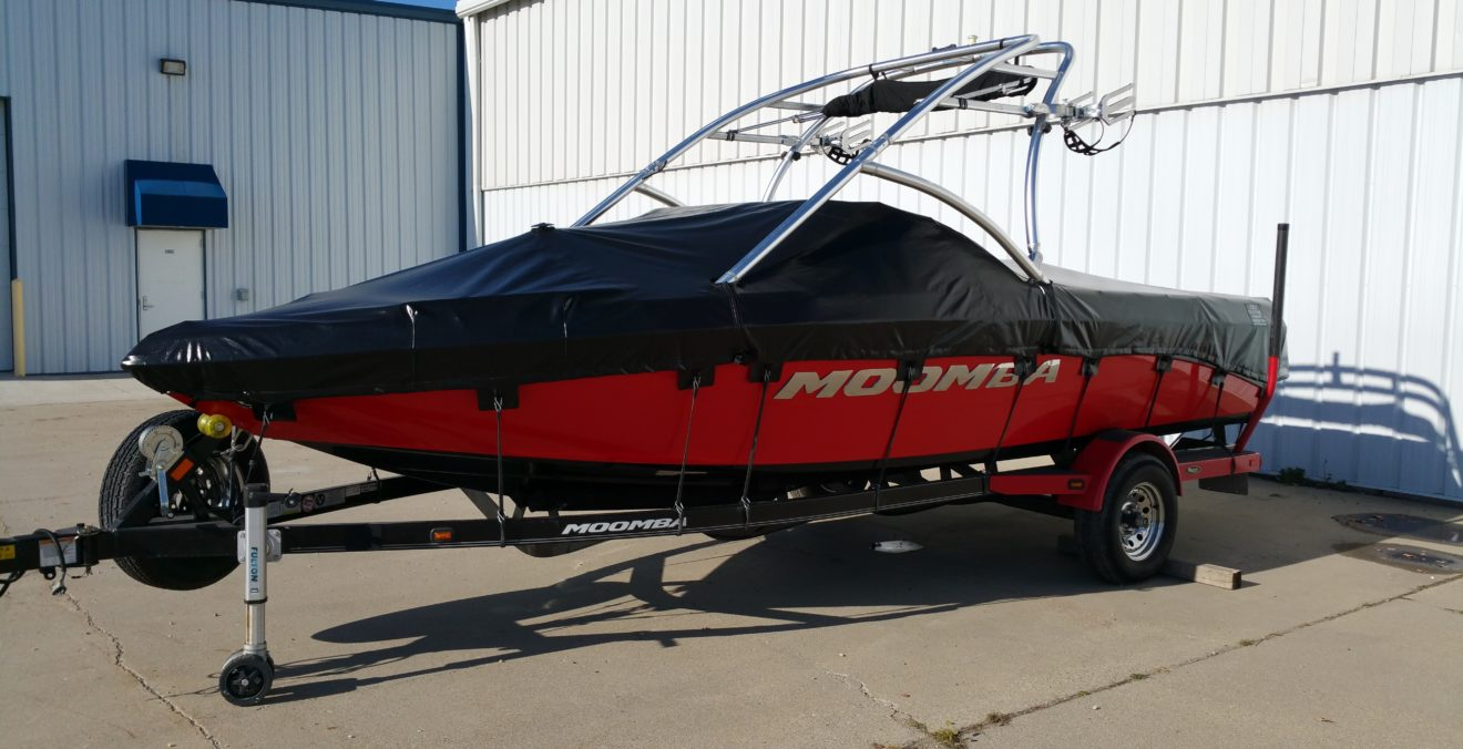 Custom Boat and Pontoon Covers in Fargo