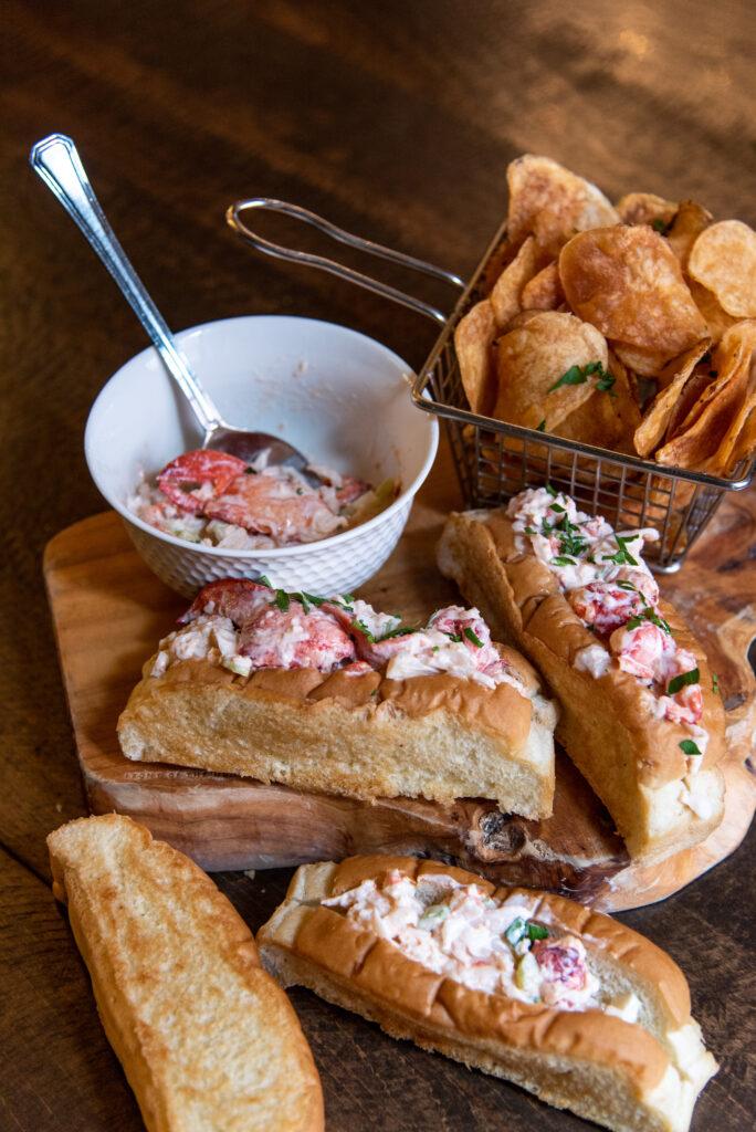 taste-of-the-maratimes-lobster-roll