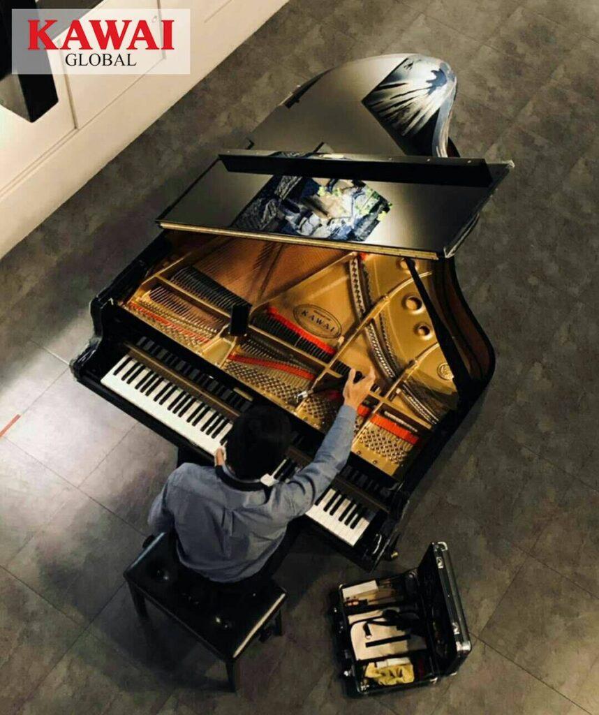 Kawai grand piano tuning