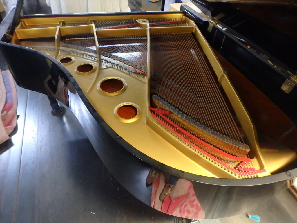 yamaha grand piano frame