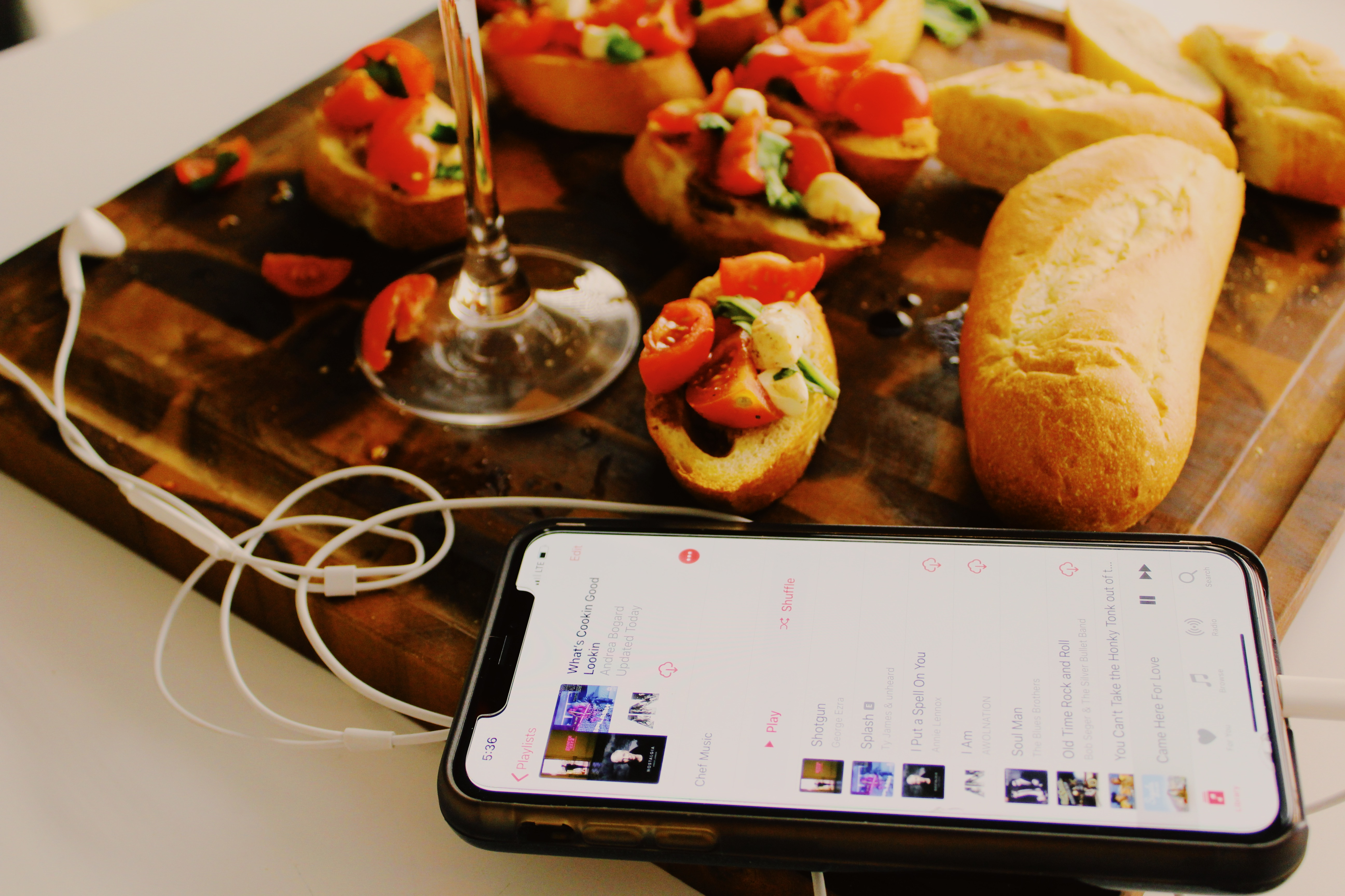 HELLO, IS IT ME YOU'RE COOKING FOR? : PLAYLIST