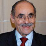 Horacio Serpa asegura su bigote por 200 millones